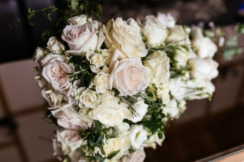 luxury bridal flowers, chalfont st giles
