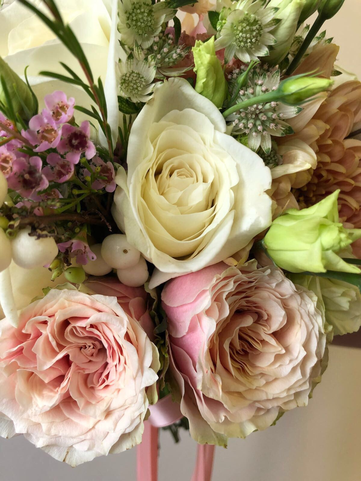 Helen Of Troy Antique pink roses, Astrantia, Snowberry's, Salmon pink Chrysanthemum