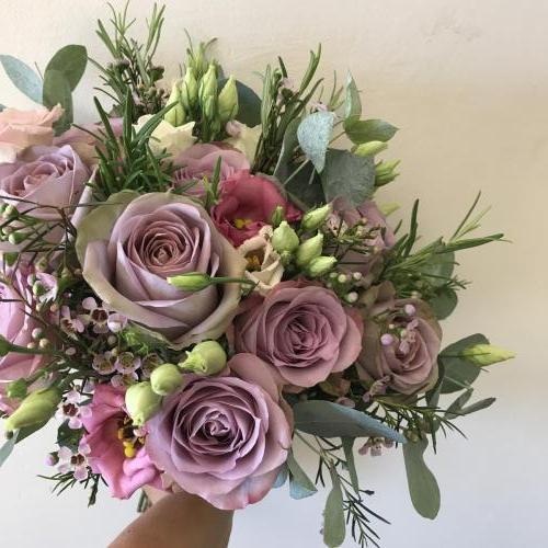 Antique rose brides bouquet